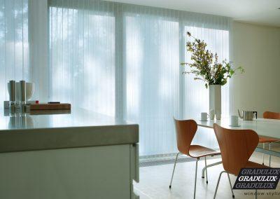 Tienda de cortinas verticales en Alicante Luxaflex