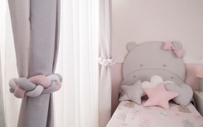 No hace falta ser mayor para tener estilo. Un montón de ideas que descubrir para decorar las ventanas de tu hijo.